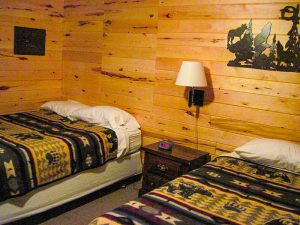 Two twin bed bedroom 2